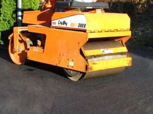 how to and materials for paving a driveway