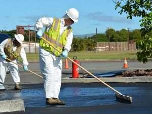 how to sealcoat asphalt driveway